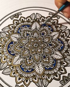 When you should have gone to bed over an hour ago... #mandala // what do you all think of this process? Should I record it a lot more? #murderandrose // 0000 @winsorandnewton Paint brush w/ Blue Acrylic.