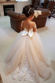 White Ivory Lace Flower Girl Dresses 2017 Tank Long Girls First Communion Dress Pagaent Dress vestidos primera comunion 2016 from Reliable dresses plus size girls suppliers on Bright Li Wedding Dress Wedding dresses - Fashiondivaly Girls Pageant Dresses, Wedding Dresses For Girls, Wedding Gowns, Bridesmaid Dresses, Junior Bride Dresses, Pageant Gowns, Party Dresses, Dresses Dresses, Casual Dresses