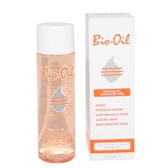 Bio-Oil virker mod ar og strækmærker, uregelmæssige hudnuancer, aldrende og dehydreret hud og er derfor perfekt til brug under en DermaRoller behandling.Bio-Oil er en specialiseret hudplejeolie, som let trænger ind i huden uden at huden bliver fedtet.Bio-Oil er en kombination af planteekstra