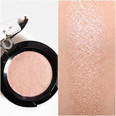 NYX Girl Talk Prismatic Shadow / highlight for pale skin