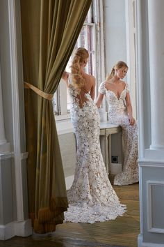 81fa960af3e6 Isabelle Armstrong designs custom-made wedding gowns for discerning brides  around the globe.