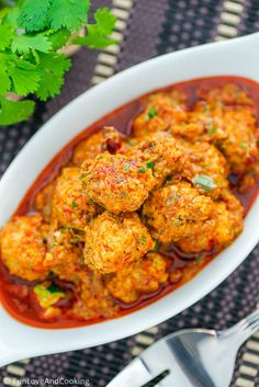 Chicken Kofta Curry Meatball funloveandcooking.com [loootsss of spices] #Indian