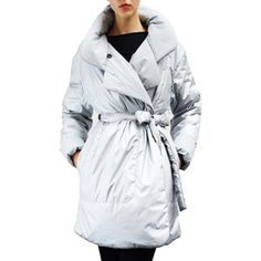 Norma Kamali sleeping bag coat. Looks so cozy.
