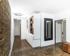 Többfunkciós bútor látványosan - előszoba bútor, étkező két személynek vagy éppen bárszekrény
