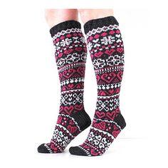 Ravelry: Ystävänpäiväsukat 2017 pattern by Niina Laitinen Ravelry, Socks, Knitting, Pattern, Design, Fashion, Winter, Moda, Tricot