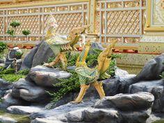พระเมรุมาศ พระบาทสมเด็จพระปรมินทรมหาภูมิพลอดุลยเดช (รัชกาลที่ ๙) The Royal Cremation of His Majesty King Bhumibol Adulyadej Former King of Thailand I was born in the reign of King Rama IX of Thailand. May you forever be my King สถานที่ : สนามหลวง ถนน ราชดำเนินใน แขวง พระบรมมหาราชวัง กรุงเทพมหานคร Photo Credit Teeranun Jongsawadsoontorn นางสาว ธีรนันท์ จงสวัสดิ์สุนทร #KingBhumibol #ขอเป็นข้ารองพระบาททุกชาติไป #ฉันเกิดในรัชกาลที่9 #เรารักในหลวง #LongLiveTheKing #Alwayourbelovedking