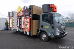 Amazon wins patent for Treasure Truck and plans to expand routes