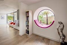The Modern Window Seat Modern Window Seat, Modern Windows, Round Windows, Window Seats, Feng Shui, Bedroom Windows, Home Decor Bedroom, Home Interior Design, Ramen