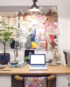 Amber Interiors desk styling