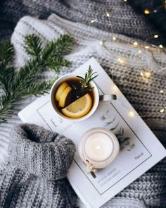 Image shared by Lucian. Find images and videos about love, christmas and light on We Heart It - the app to get lost in what you love. Cozy Aesthetic, Autumn Aesthetic, Christmas Aesthetic, Flat Lay Photography, Winter Photography, Book Photography, Christmas Mood, Noel Christmas, Holiday