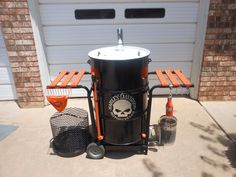 Build An Ugly Drum Smoker! – DIY projects for everyone! 55 Gallon Drum Smoker, Ugly Drum Smoker, Uds Smoker, Bbq Pit Smoker, Bbq House, Drums Artwork, Barrel Smoker, Pit Barrel Cooker, Homemade Smoker