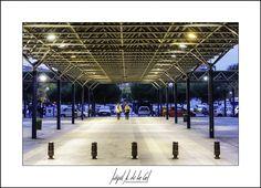 326/365 - Pasillo central. Miguel A. de la Cal. Alcorcón. DelaCal. www.fotobodadelacal.es
