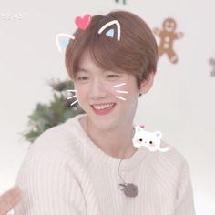 he is such a cute bb boy:( Chanbaek, Kaisoo, Exo Ot12, Baekhyun, Exo Songs, Exo Music, Xiuchen, Exo Memes, Exo K