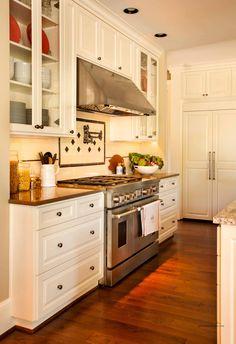 Crisp white kitchen designed by @Garrison Hullinger Interior Design! #AmericanDreamSOD #BlackStoneEdge