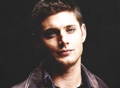 Animated gif shared by Queen B. Find images and videos about gif, Jensen Ackles and dean winchester on We Heart It - the app to get lost in what you love. Castiel, Winchester Supernatural, Sam And Dean Winchester, Supernatural Funny, Benedict Sherlock, Benedict Cumberbatch, Bad Boys, Jensen Ackles Jared Padalecki, Colin Morgan