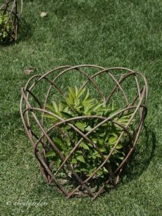 Plant supports - Plant supports is part of Willow garden Plant supports – - Garden Crafts, Garden Projects, Garden Art, Garden Design, Diy Garden, Cottage Gardens, Edible Garden, Shade Garden, Garden Paths