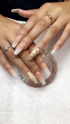 There are three kinds of fake nails which all come from the family of plastics. Acrylic nails are a liquid and powder mix. They are mixed in front of you and then they are brushed onto your nails and shaped. These nails are air dried. Aycrlic Nails, Love Nails, Hair And Nails, S And S Nails, Glam Nails, Neon Nails, Beauty Nails, Gorgeous Nails, Pretty Nails