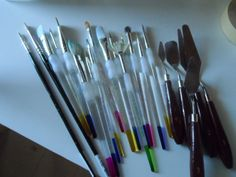 '...Which brush should I use? Time to experiment...!' (via CRAFTING IN PORTUGAL)