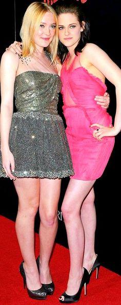 Dakota Fanning & Kristen Stewart at the premiere of The Runaways