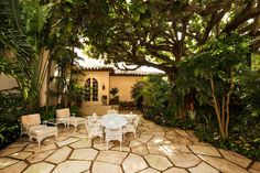 Kennedy Winter White House Lists In Palm Beach For $38.5M - Presidential Pads - Curbed Miami