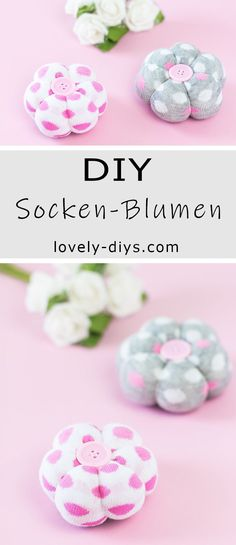 diy-deko-blumen-aus-socken-basteln-tolle-upcycling-idee-fur-socken/ - The world's most private search engine Diy Halloween Decorations, Halloween Diy, Upcycled Crafts, Easy Crafts, Diy Garden Projects, Decor Crafts, Place Card Holders, Handmade Gifts, Diy Blog