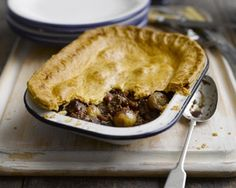 Steak, shallot and mushroom pie