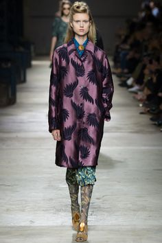 Dries Van Noten Spring 2016 Ready-to-Wear Fashion Show - Frida Westerlund