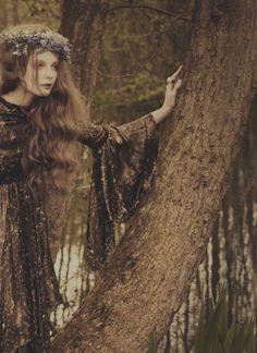 nomecalles:    Eniko Mihalik by Ellen Von Unwerth, Vogue Italia July 2012