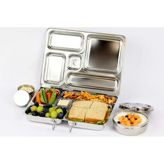 PlanetBox Rover Lunchbox makes dieting and portion control easy-just the right amount of food.