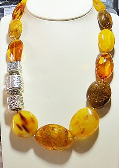 Gold is the nature of natural amber. by bostamber Chunky Jewelry, Amber Jewelry, Beaded Jewelry, Handmade Jewelry, Jewelry Necklaces, Amber Beads, Silver Beads, Costume Jewelry Rings, African Necklace