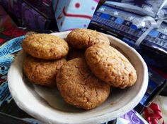 Almond Chickpea Flour Cookies; not exactly low-carb, but grain-free and actually pretty low in sugar. Definitely on my to-try list, especially since I just so happen to have chickpea flour :)