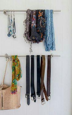 Handige opberger voor sjaals, tassen en sieraden