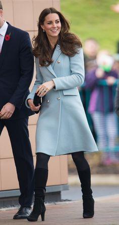 Kate Middleton soigne chacune de ses apparitions et prend toujours soin de miser sur des looks aussi chic que tendance. L'hiver, on...