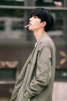 Go sang gil Cute Korean Boys, Korean Men, Asian Boys, Asian Men, Cute Boys, Moda Indie, Park Bogum, Korea Boy, Ulzzang Boy