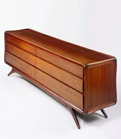 www.gelukken.be/ likes this ••• Vladimir Kagan ClassicsDoubble Chest of Drawers