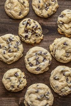 Use your sourdough starter discard to make these Sourdough Chocolate Chip Cookies as cake-like or as chewy as you prefer Perfect Chocolate Chip Cookies, Butter Chocolate Chip Cookies, Chocolate Chip Recipes, Chocolate Chip Oatmeal, White Chocolate, Cookies Soft, Yummy Cookies, Sourdough Starter Discard Recipe, Sourdough Recipes