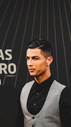 Hamzaism ☇ on - - Fitness Cristino Ronaldo, Cristiano Ronaldo Juventus, Cristiano Ronaldo Lionel Messi, Ronaldo Quotes, Cristiano Ronaldo Wallpapers, Barcelona Soccer, Fc Barcelona, Soccer Girl Problems, Manchester United Soccer