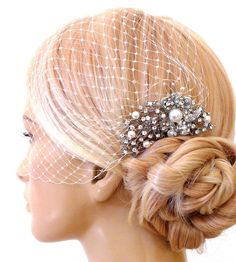 birdcage veil and a bridal comb 2 Items by SnowWhiteStudio