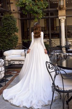 "Elegant A-Lane Princess Wedding Dress / Bridal Ball Gown with Oval Neck Cut, Long Sleeves, Open Back and a Train. Collection ""Fashion Queen"" by Maks Mariano by Tina Valerdi Lace Beach Wedding Dress, Wedding Gowns With Sleeves, Wedding Dresses For Girls, Stunning Wedding Dresses, Long Sleeve Wedding, Bridal Wedding Dresses, Bridesmaid Dresses, Pretty Dresses, Marie"