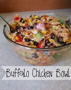 Clean Eating Meals This Buffalo Chicken Bowl is delicious, Healthy and you feel great about eating it. This no guilt lunch or dinner is also 21 Day Fix Approved. Fixate Recipes, Cooking Recipes, Healthy Recipes, Advocare Recipes, Cooking Ribs, Cleanse Recipes, Cooking Games, High Protein Recipes, Ww Recipes