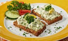 vajickova pomazanka Czech Recipes, Yummy Recipes, Yummy Food, Czech Food, Banana Bread, Desserts, Tailgate Desserts, Tasty Food Recipes, Deserts