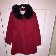 Gorgeous Janie and Jack red coat for little Girls. Janie and jack coat. The perfect coat for the holidays/winter and to keep your Little one warm and stylish. never been worn, brand new with no tags. We had a light winter and by December she couldn't fit it. Janie and Jack  Jackets & Coats Trench Coats