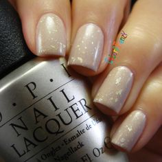 Colors Frenzy: OPI 18K White Gold & Silver top coat (over Don't Bossa Nova Me Around)