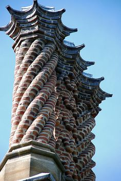 Chimneys is part of architecture - The 'house' had one or two dozen chimneys, not sure how many but they were in groups of 3 or all with slightly different designs worked in the brick Brick Architecture, Historical Architecture, Beautiful Architecture, Beautiful Buildings, Architecture Details, Architectural Features, Architectural Elements, Brick Works, Brick Laying