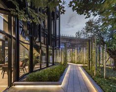 The Base Phetkasem Landscape Design by Arsomsilp – Wison Tungthunya & W Workspace Modern Landscape Design, Garden Landscape Design, Landscape Plans, Modern Landscaping, Urban Landscape, Landscape Architecture, Backyard Landscaping, Landscaping Ideas, Landscape Lighting Design