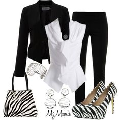 Loving the suit...& the animal print definitely adds to the perfection of this outfit!