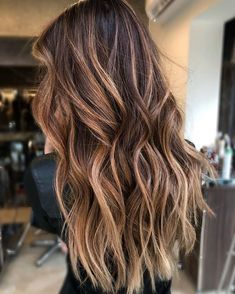 Color ❤️ Cinnamon Balayage hair color Caramel Hair Color is Trending for Fall—Here Are 15 Stunning Examples to Bring to Your Colorist Ombre Hair Color, Cool Hair Color, Brown Hair Colors, Winter Hair Colors, Brunette Fall Hair Color, Sunkissed Hair Brunette, Beautiful Hair Color, Brown Hair Balayage, Hair Color Balayage