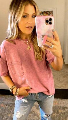 Posts from ashleeknichols | LIKEtoKNOW.it Lifestyle Photography, Lifestyle Blog, Spring Fashion, Autumn Fashion, Mom Outfits, Best Mom, Mom Style, Street Style, Stylish