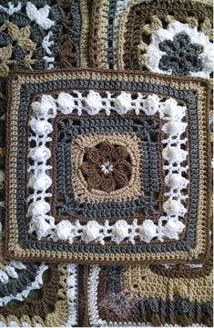 Moogly 2014 Afghan Crochet-A-Long by The Purple Poncho | The Purple Poncho