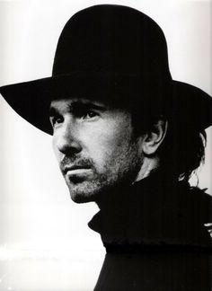 U2 & i - The Photos of Anton Corbijn 1982-2004 - Page 3 - U2 Feedback
